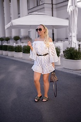 Vanessa Kandzia - Playsuit, Slides - SUMMER WHITES