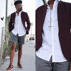Vernon M. - Calvin Klein Dress Shirt, Zara Blazer, Calvin Klein Dress Shorts - Summer daze 2k17