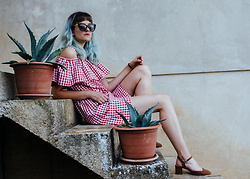 Tea M - Zaful Gingham Dress, Mango Brown Sandals, Cateye Sunnies - Summer heart
