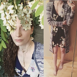 Pauline - Zaful Floral Wrap Dress, Billabong Duster - Summer Selfies