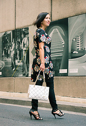 Lindsey Puls - Stylewe Tunic, Kate Spade Bag - A Unique Tunic