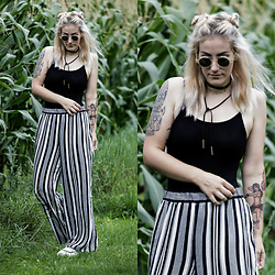 Doina M. - Tally Weijl Black Bodysuit, Tally Weijl Striped Wide Leg Tousers, Komono Retro Sunnies, Tally Weijl Chokers - TW