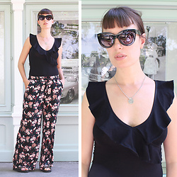 ♡Nelly Kitty♡ - H&M Black Cotton Bodysuit, Undiz Floral & Tigers Palazzo Pants, Mango Cat Eyes Sunglasses - OOTD#26