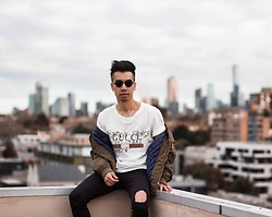 Austin Levine - Gucci Tshirt - Gucci | Instagram: @officialtinno