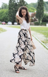 Claire H - H&M Maxi Skirt, Furla Pink Bag - Feeling good in my summer skirt