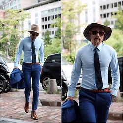 INWON LEE - Byther Pattern Brim Gold Ring Fedora Hat, Byther Colored Camouflage Neck Tie, Byther Cobalt Slim Span Slacks - Autumn Blue