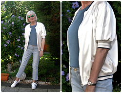 Reni E. -  - White bomber jacket and stripes