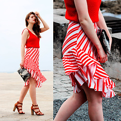 Martina L. - Zara Top, Zaful Ruffle Skirt, Maria Mare Sandals - ASYMMETRICAL RUFFLE SKIRT