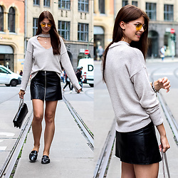 Jacky - Zara Sweater, Gucci Bag, Marks & Spencer Shoes -  Combining a knitted pullover with a faux leather skirt