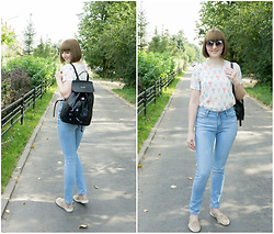Yana Bezdushna - Gamiss Black Backpack, O'stin Jeans, Be Free Blouse, Instreet Flats - Jeans & Backpack