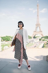 Samantha Mariko - Zerouv Sunglasses, H&M Blazer, Diane Von Furstenberg Dress, Josefinas Shoes, Louis Vuitton Bag - A view of the Eiffel Tower