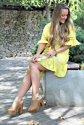 Emma MAS - Zaful Ruflled Dress - Yellow ruffled dress