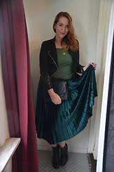 Sarah M - Vero Moda Jacket, H&M Shirt, Fendi Vintage Bag, Louche Pleated Skirt, Zign Booties - Green and Black