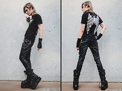Kyris Kat - Demonia Platform Boots, Illig Arm Warmers, H&M Leather Pants, Cyberdog Mech Angel T Shirt, Guess Belt Chain - Organic Angel