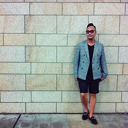 Mannix Lo - Zara Plaid Blazer, H&M Tee, Uniqlo Shorts, Gucci Loafers - Outfit for My Birthday