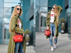 Lisa - Trench Coat, Bag, T Shirt, Levi's® Jeans, Sunglasses - Army green trench coat