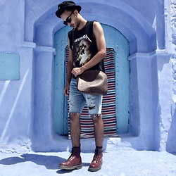 Mohamed Samaras - Stussy Hat, Persol Sunglasses, Metallica Tank Top, Gucci Messenger Bag, Abercrombie & Fitch Ripped Jeans, Dr. Martens Boots - Common sense is not that common!