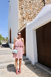 Carmen Adan - Gamiss Dress, Michael Kors Bag, Sandals Pompoms Similar, Tom Ford Sunglasses - IBIZA STYLE PINK DRESS