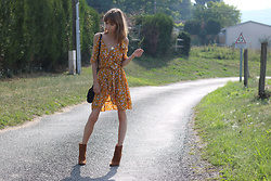Manon B -  - Flowers dress and low boots