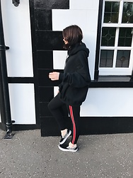 Natasha Hide - Zara Oversized Hoodie, Zara Leggings - Side stripe at the ready!