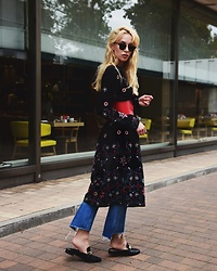TripByTriplets B. - Ray Ban Sunglasses, Zara Dress, H&M Shoes, Mango Pants, Zara Belt - FOLK VIBES