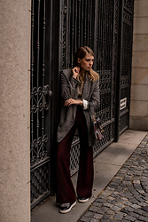 Swantje Sömmer | OffwhiteSwan - Acne Studios Pants, Shop All Items On My Blog - Checked Blazer & Acne Flared Pants