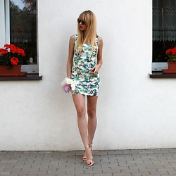 Diane Fashion -  - Floral dress ||| pink sandals