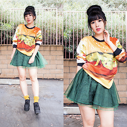 Doll Delight - Romwe Burger Sweater, Romwe Green Sheer Skirt, Daiso Mustard Socks, Gojane Platform Creepers - National Cheeseburger Day