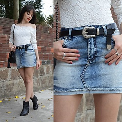 Diana Schneider - Zaful Vintage Belt, Similar Lace Top, Similar Denim Skirt, Similar Black Boots - Shake it Out