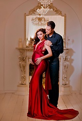 Darya Cheremisinova -  - Pregnancy look