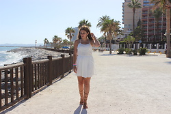 Ana Margarida - Stradivarius White Dress - BENALMADENA
