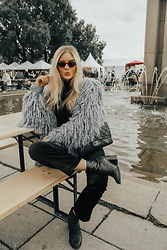 Isabella Thordsen - Gucci, Weekday, Urban Outfitters, Chanel - Fluffy look at Oslo food festival