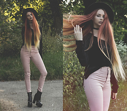 Liza LaBoheme - H&M Pink Pants - Days gone by
