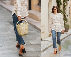 Aria -  - Oversized blouse and basket bag