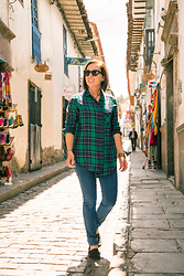 "Lindsey Puls - Bp Plaid Shirt, Quay Sunglasses, H&M Jeans, Toms Shoes - ""I'm Going Exploring!"" Outfit"