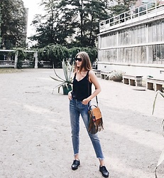 Alicja Szczepanska - House Black Lace Top, H&M Blue Jeans, Stradivarius Black Studded Shoes, Zara Leather Bag - PALM HOUSE