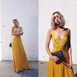 Ana Prodanovich - Nordstom Yellow Maxi Dress, Chanel Wallet On The Chain Purse - Mellow Yellow