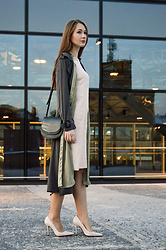 Róża Bijoch - H&M Bag, Zara High Heels, Zara Dress, Zara Long Shirt, Zara Coat - Gray Long Coat RwB