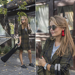 Tanya Shcerbakova - Zara Dresses, Zaful Tops, Stradivarius Flats, Knotliving Bags, Zara Jewelry, Zaful Sunglasses, Nixon Watches - Knot living