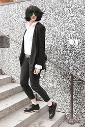 Mahayanna . M - Frontrowshop Black Asymetric Blazer - Inanna