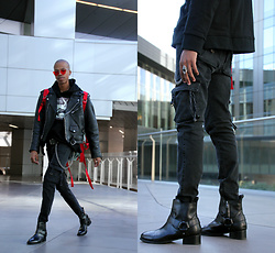 Dominic Grizzelle - Profoundco D Ring Cargo Pants, Urban Outfitters Harness Boots, Yhflosangeles Melrose Shades - Lover Boy
