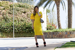 Cosmina M. //mbcos.net - Fashionmia Dress, Altramarea Shoes - Yellow <3