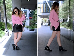 Amy Ramírez - Zaful Sweater, Zara Skirt - Black and pink