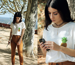 Adriana R. - Zaful Pineapple T Shirt With Pocket, Ebay Faux Suede Choker, Mango Caramel Jeans - Pineapple Pocket & Saying Goodbye to Summer