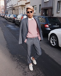 Felipé - Cinque Grey Suit, Adidas Stan Smith Off White, Topman Basic Sweater, Topman Round Glasses - Autumn Sun