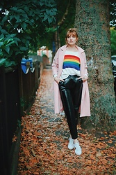 Carla V - Noisy May Vinyl Pants, Gucci Trainers, Metisu Jumper, Metisu Pink Coat - October