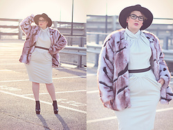 Luciana Blümlein - My Pepita Jacket, Beth Ditto Dress, Ted Baker Belt, Casadei Boots, C&A Hat, Prada Glasses, Dior Earrings - • Plush •