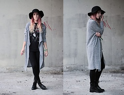 Sofi B. - H&M Black Hat, H&M Long Knitted Cardigan, Black Skinny Jeans, Balck Leather Boots, Alice Cooper Band T Shirt - You don't need to hide