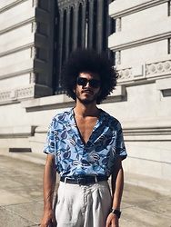 Marco Moura - Zara Shirt, Zara Pants, Asos Sunglasses - Summer blues