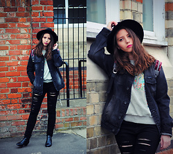 Ana Mª Aranda - Pull & Bear Denim Jacket, Zaful Sweatshirt, H&M Hat, Stradivarius Jeans - Cloudy days always